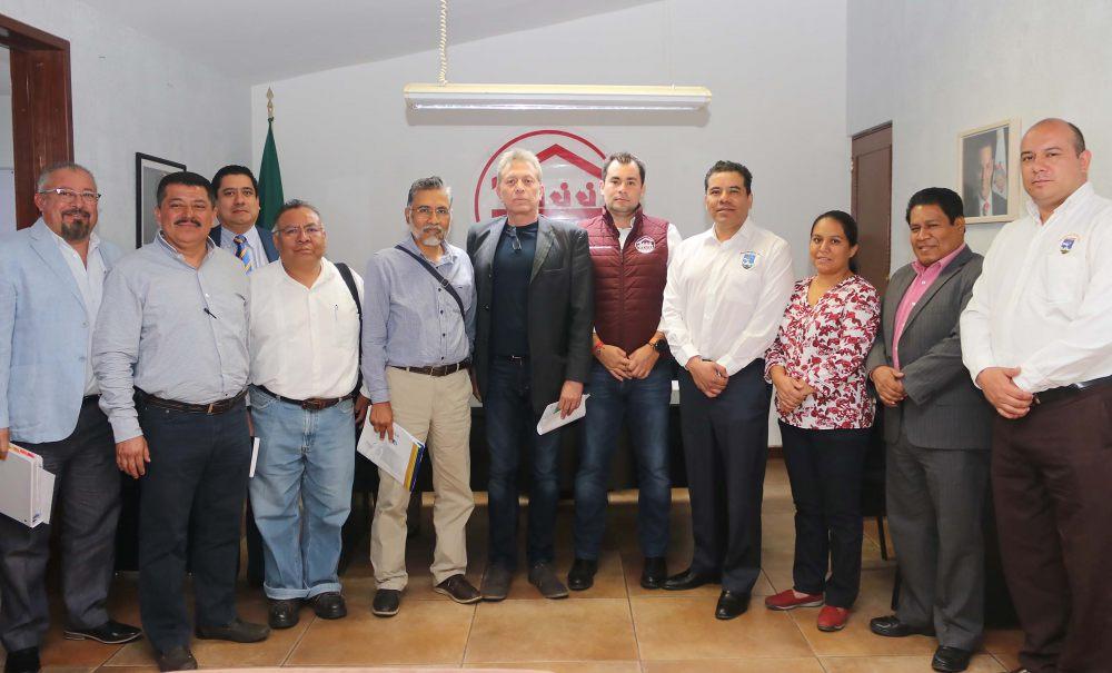 Ofrece IOCIFED a UABJO concluir reconstrucción de inmuebles dañados por sismos