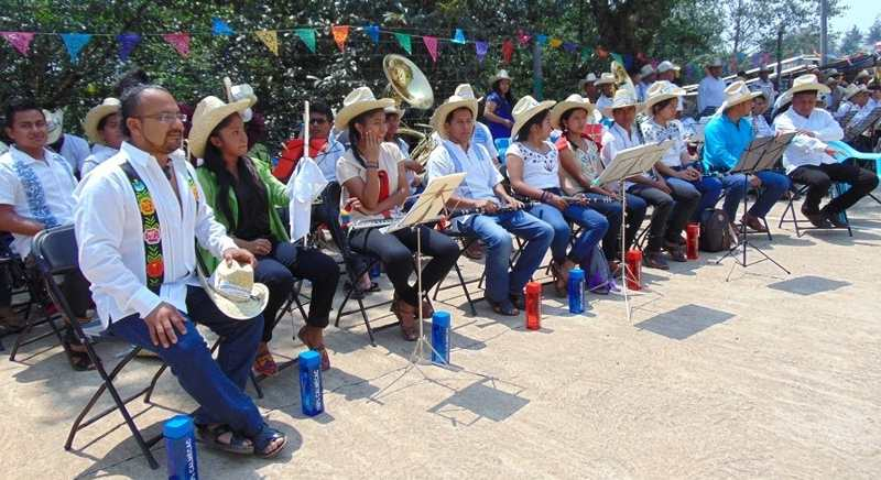 Niños músicos de Oaxaca, primeros visitantes del centro cultural «Muros de Agua José Revueltas» en las Islas Marías