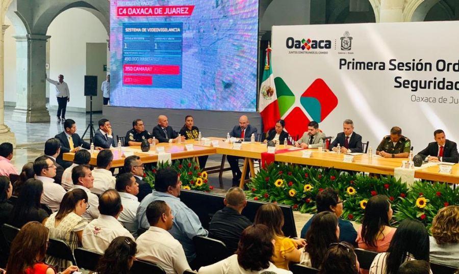 Convoca Murat a todos los órdenes de gobierno a trabajar en conjunto por la seguridad de Oaxaca