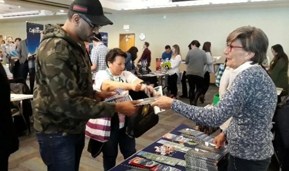 Promueve Bahías de Huatulco oferta turística en Canadá