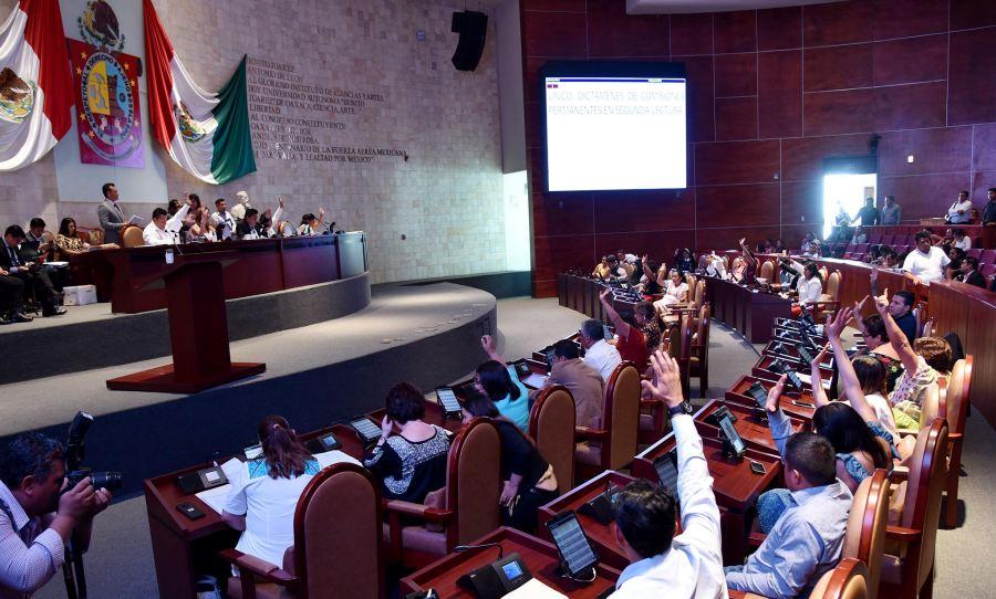 Aprueba Legislativo cambios a Constitución Política de Oaxaca