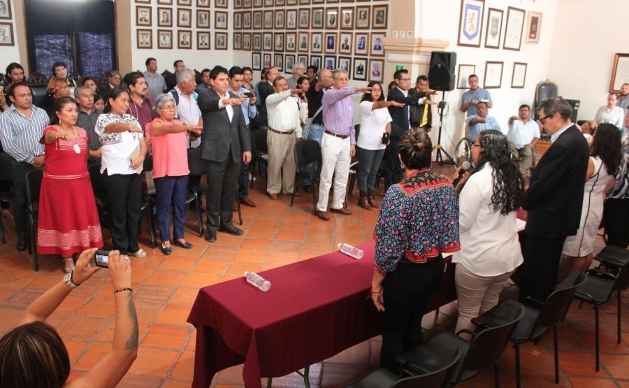 Rinden protesta integrantes de Consejos Consultivos del Ayuntamiento de Oaxaca de Juárez
