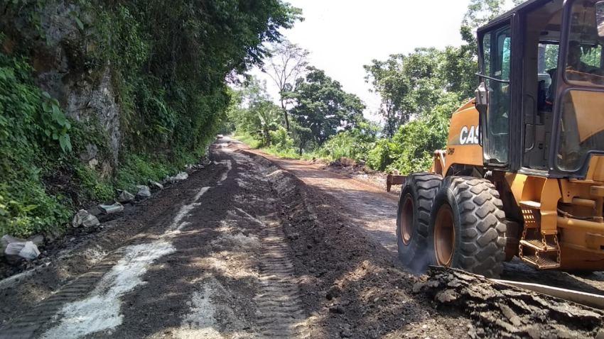 Continua CAO acciones de reconstrucción de caminos