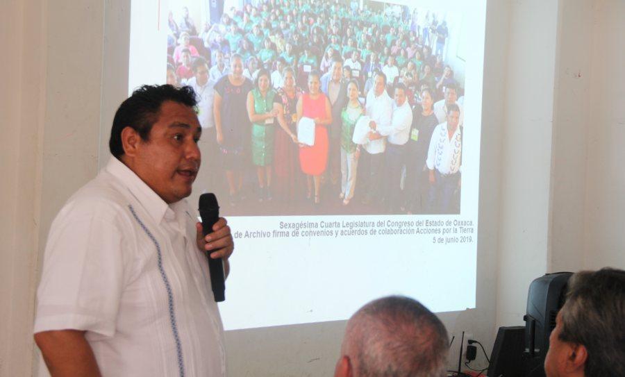 Pese a resistencia de empresas transnacionales municipios de Oaxaca inician capacitación para eliminar uso de PET