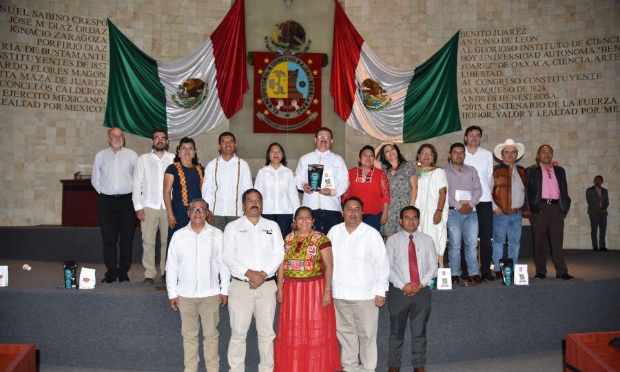 Congreso de Oaxaca se suma a la construcción de legislación a favor de la caficultura
