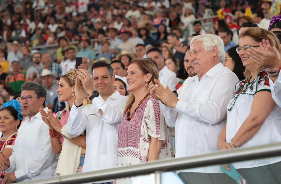 Gutiérrez Müller, invitada de honor en la Guelaguetza