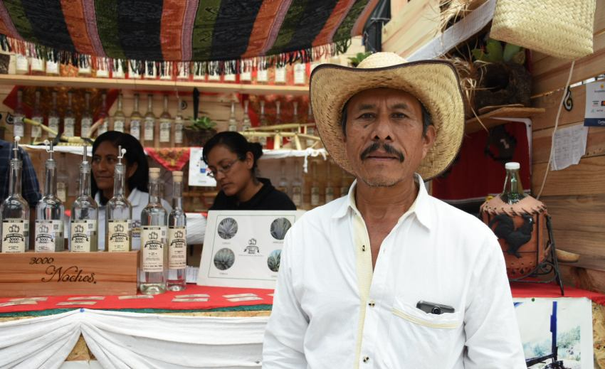 Don Ángel Cruz, el mezcalero ancestral de El Lazo, Sola de Vega