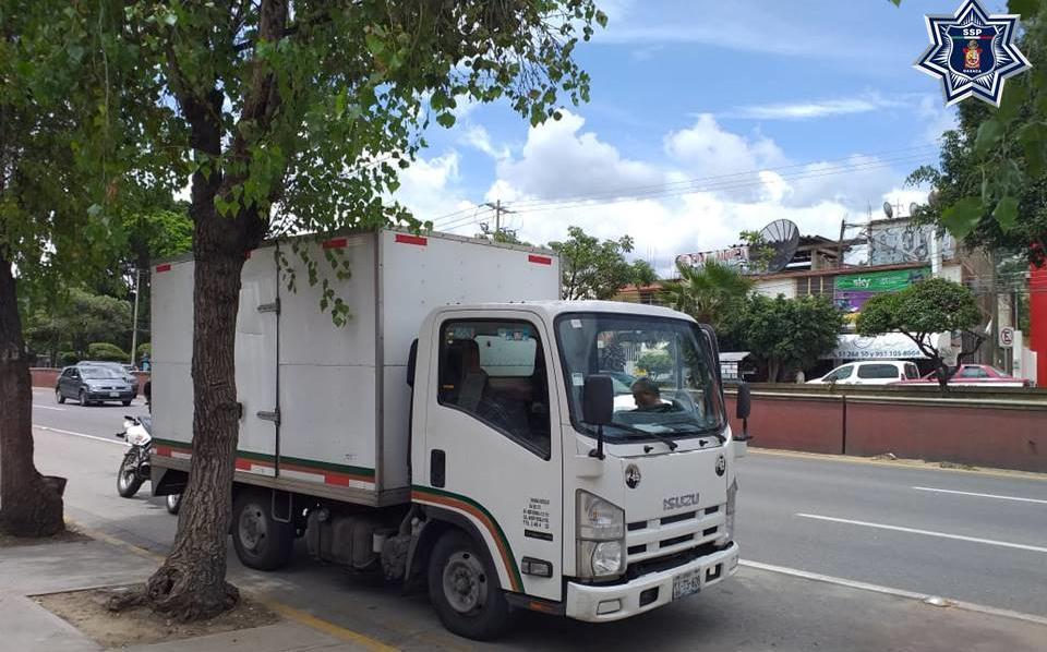 Camión de carga con reporte de robo fue recuperado en Santa Rosa Panzacola