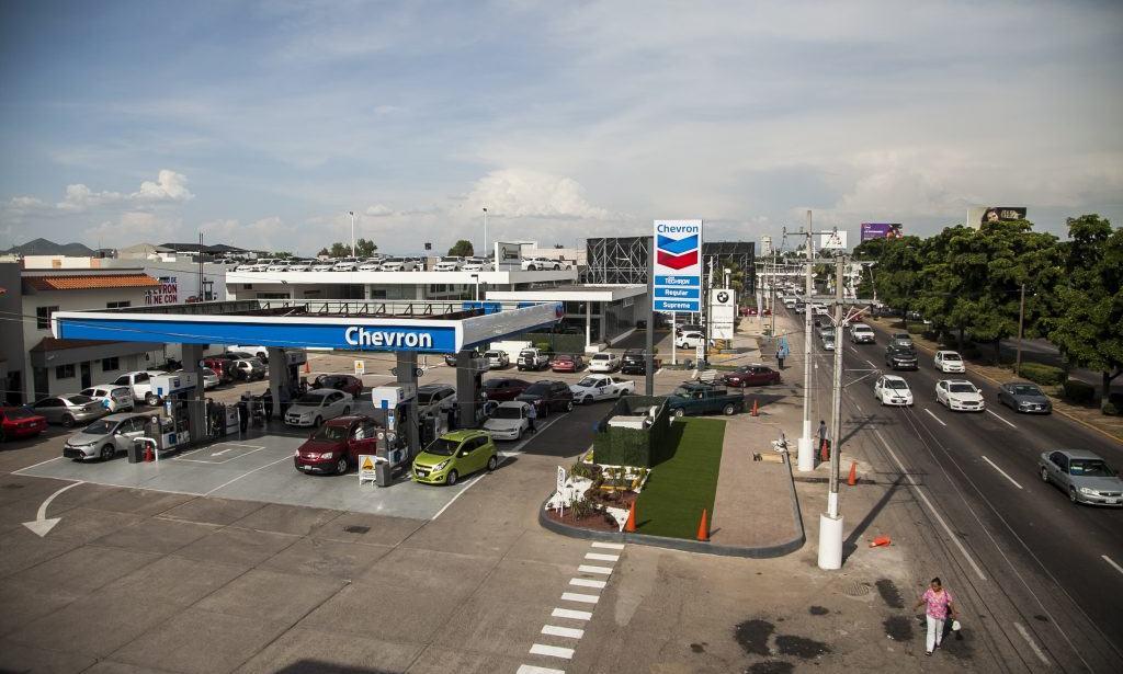 Profeco 'ventanea' a Chevron, Redco y Arco por gasolineras careras