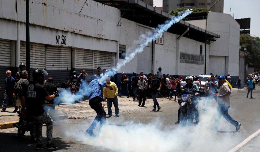 Parlamento Europeo pide más sanciones contra Venezuela