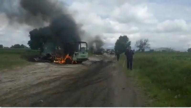 Se enfrentan Guardia Nacional y presuntos 'huachicoleros' en Puebla