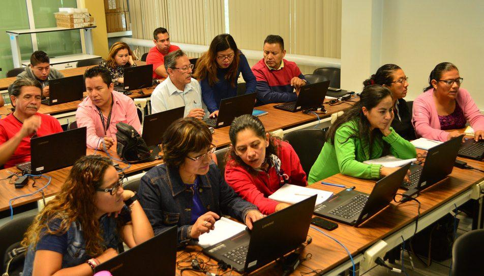 Promueve IEEPO cursos sobre tecnologías educativas para docentes