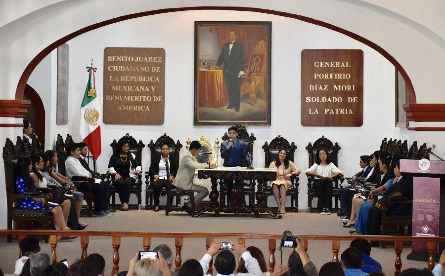 Se hace escuchar voz de la juventud en el Cabildo de Oaxaca de Juárez