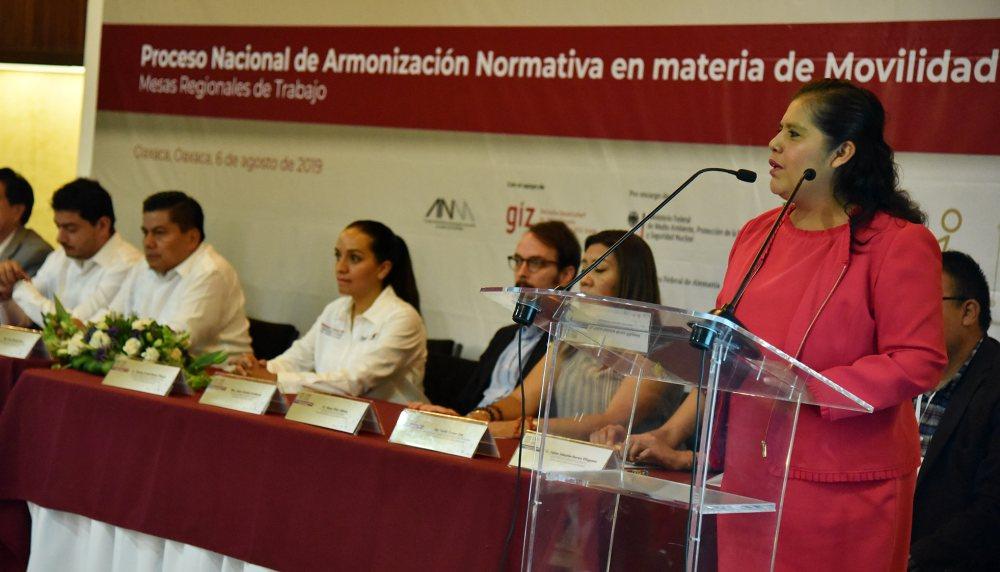 Construir lo nacional desde lo local, contribución del Congreso de Oaxaca: Laura Estrada Mauro