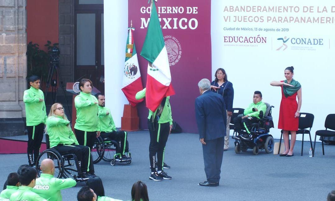 AMLO abandera a delegación mexicana que participará en Juegos Parapanamericanos 2019