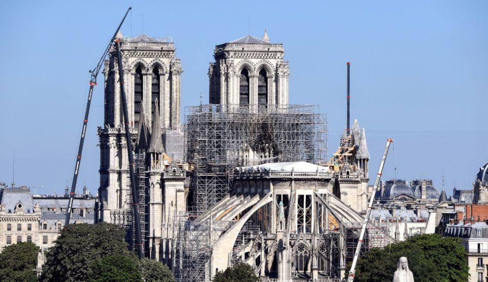Notre Dame podría colapsar