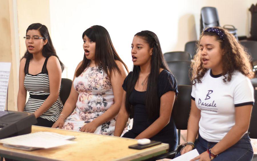 Señorita América 2019 alista voz para participar en actos cívicos de Oaxaca de Juárez