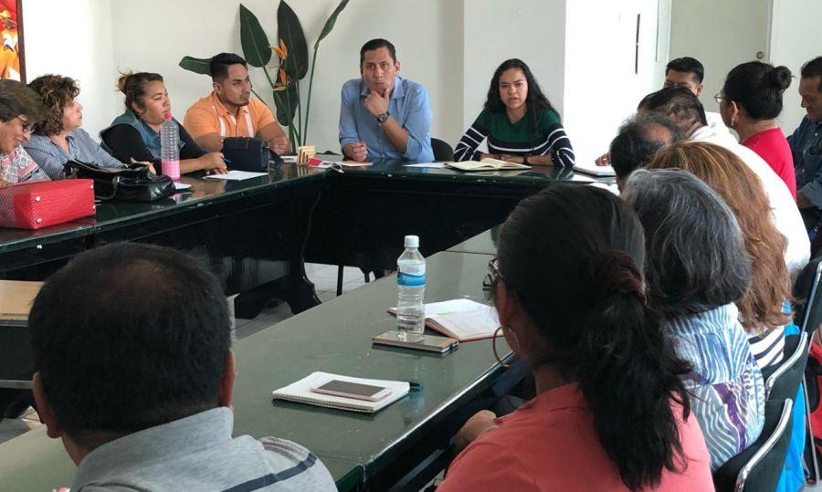 Llama titular del IEEA a trabajadores alcanzar acuerdos por las vías pacíficas