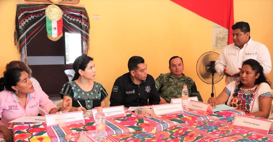 SMO refrenda apoyo a munícipes costeñas en el ejercicio de la gobernanza