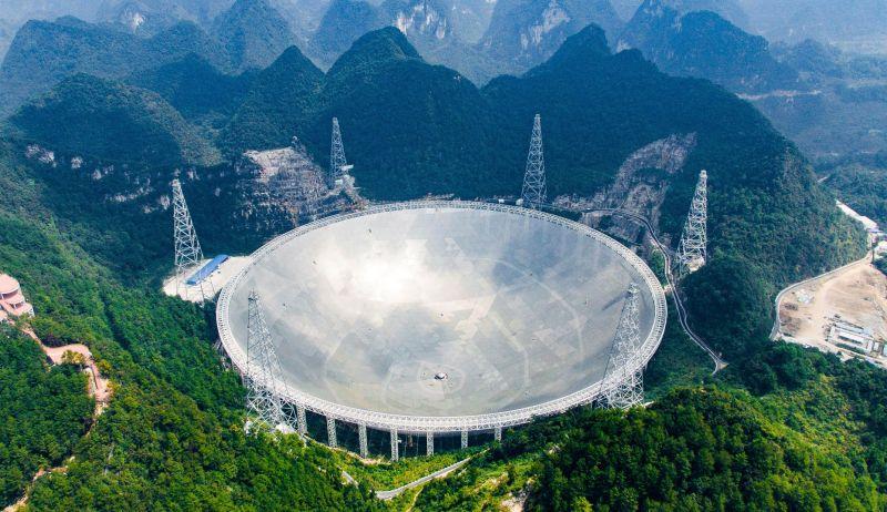 Detectan impulsos de radio provenientes de un punto a tres millones de años luz de la Tierra