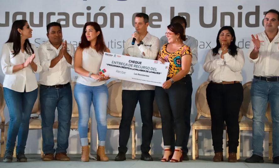 Entrega Alejandro Murat más de 51 mdp en obras y apoyos para Tuxtepec