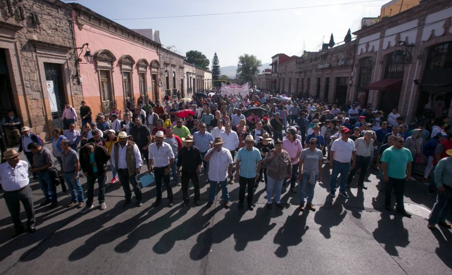 Universidades estatales inician huelga