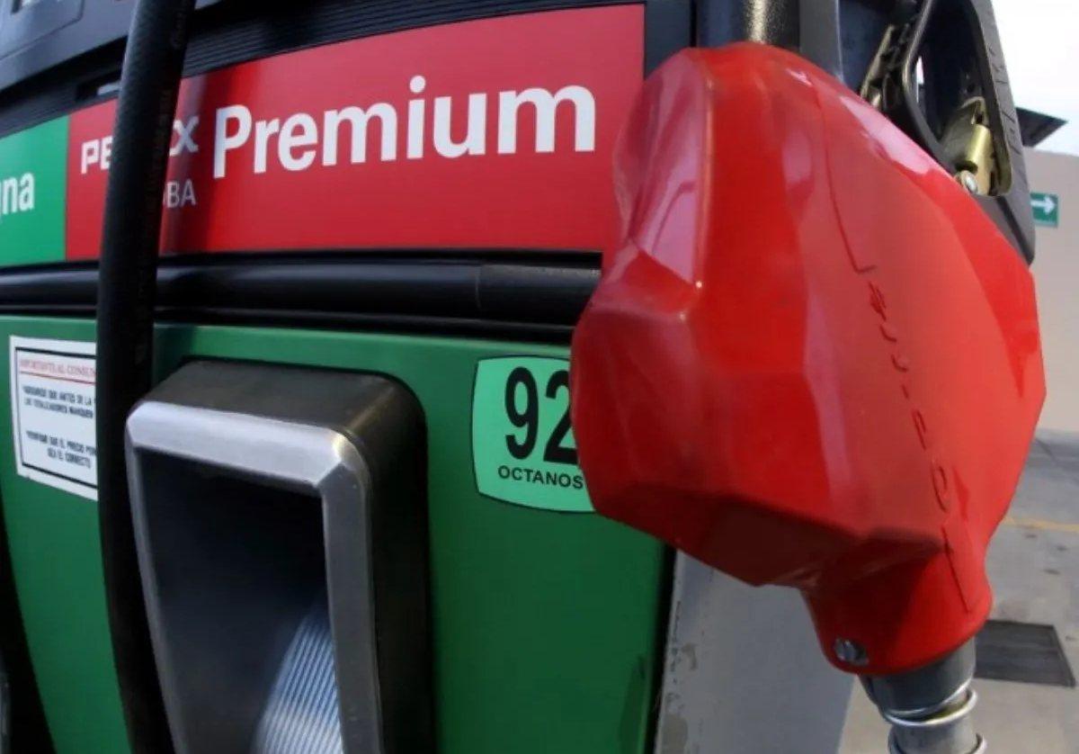 Gasolina Premium sin estímulo fiscal; baja para Magna y Diésel