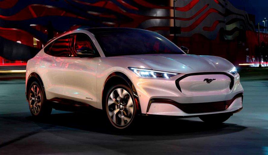 Así es el Ford Mustang Mach-E, un SUV eléctrico con genes de muscle car