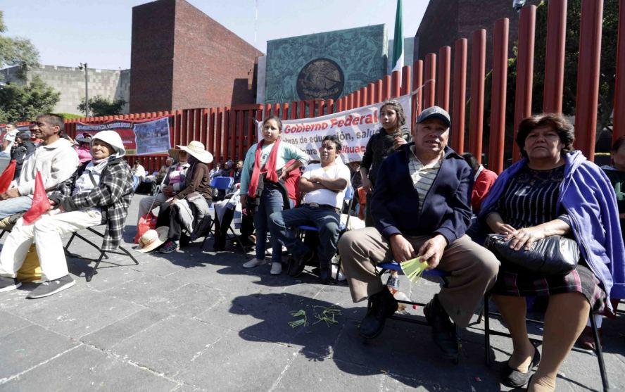 Campesinos levantan bloqueo de San Lázaro, aseguran que regresarán