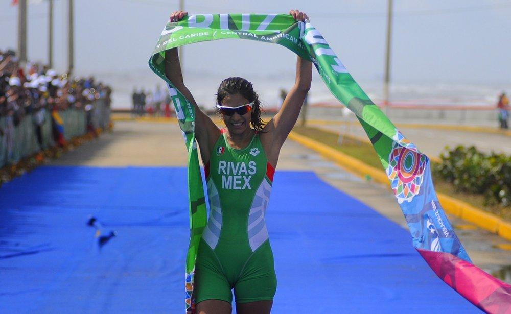 Claudia Rivas gana bronce en Copa del Mundo de Triatlón
