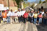 Cumple con obra Oswaldo García a vecinos del Barrio de la Cruz de San Felipe del Agua