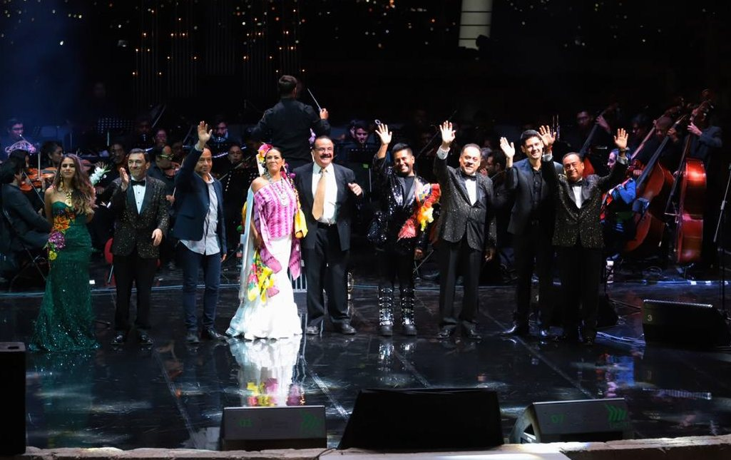 Celebra Oaxaca cien años de Álvaro Carrillo