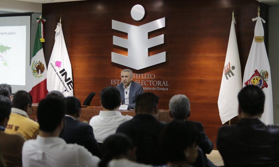 """Imparte Benito Nacif en Oaxaca la conferencia """"Fiscalización a Partidos Políticos en México"""""""