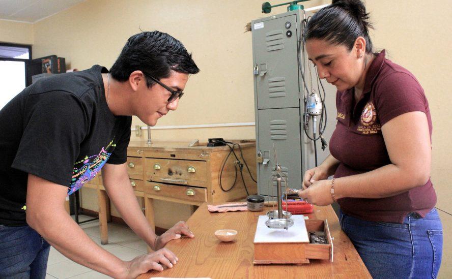 Inscríbete y aprende un oficio en la escuela municipal de Oaxaca de Juárez