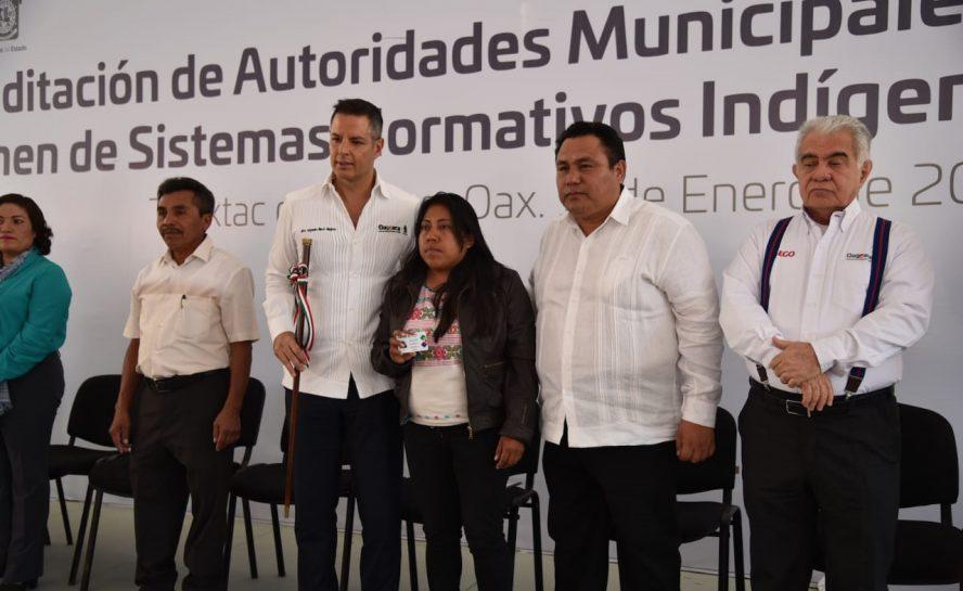 Oaxaqueñas alcaldesas, esperanza de una nueva  democracia en Oaxaca: Horacio Sosa