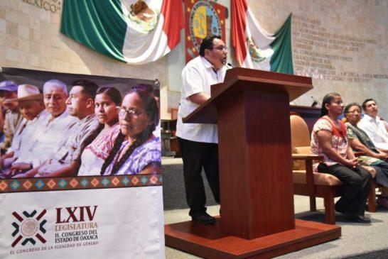 Con ley de consulta pueblos indígenas podrán defenderse ante políticas neoliberales: Horacio Sosa