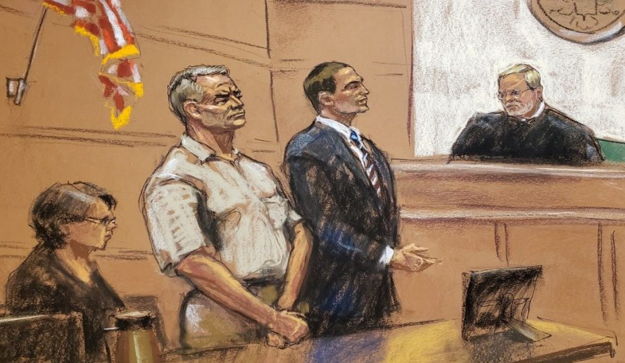 García Luna recibe mismo trato que 'El Chapo': Vive aislado y no tiene dinero para abogados en EE.UU.
