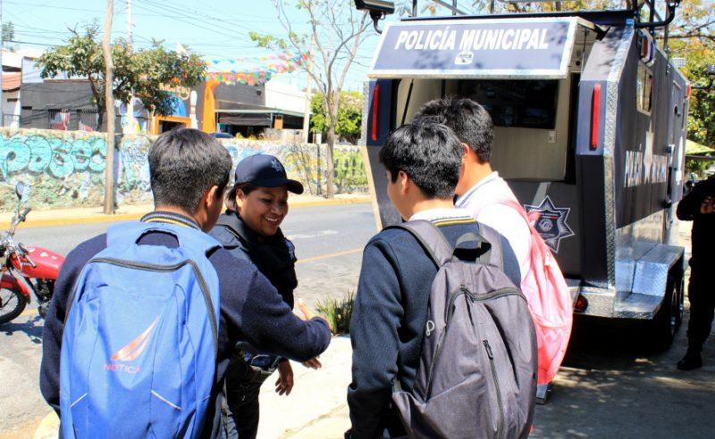 Fortalece Ayuntamiento capitalino seguridad en corredor escolar de la zona norte