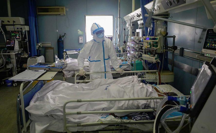 Suman mil 426 muertes por coronavirus en Hubei, epicentro del brote