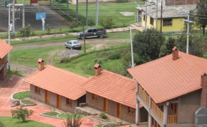 Sectur Oaxaca y Club Rotario suman esfuerzos a favor de El Carrizal