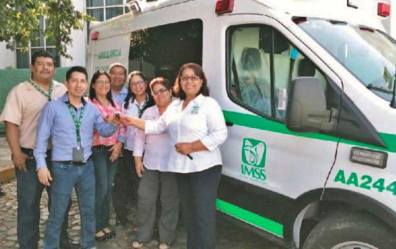 Entrega IMSS seis ambulancias a hospitales rurales y ordinarios de Oaxaca