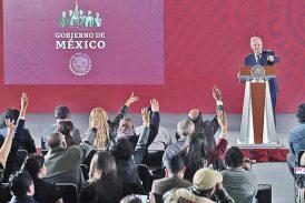 'AMLO incita violencia con ataques a medios', alerta la Sociedad Interamericana de Prensa
