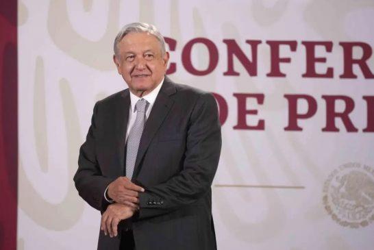 Vacuna será universal y gratuita en México: AMLO