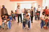 En San Juan Chapultepec, asiste Ayuntamiento a niñez vulnerable con fórmula láctea