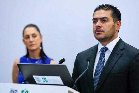 El policía federal reprobado en confianza, relacionado con el narco y los 43: EEUU le seguiría la pista a Omar García Harfuch