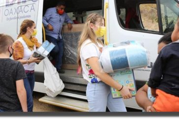 De casa en casa, DIF Estatal Oaxaca continúa brindando asistencia social