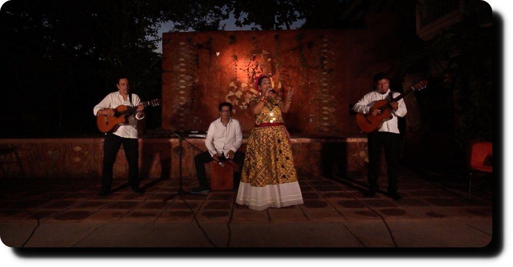 Talento oaxaqueño cautiva al público de Nuevo León