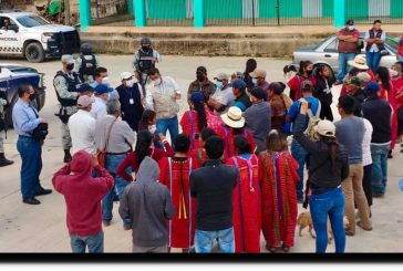 Segego convoca a las organizaciones sociales de la región Triqui a construir la paz