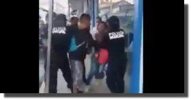 Separan del cargo a cuatro policías de Pochutla, Oaxaca, por agredir a pareja que no usaba cubrebocas