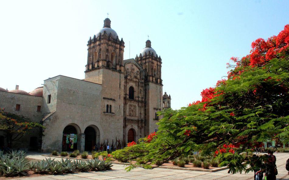 Convocan a actuar con responsabilidad para preservar el patrimonio edificado de la capital